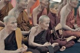 monks-691514__180